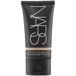 NARS Radiant Tinted Moisturizer in Groenland